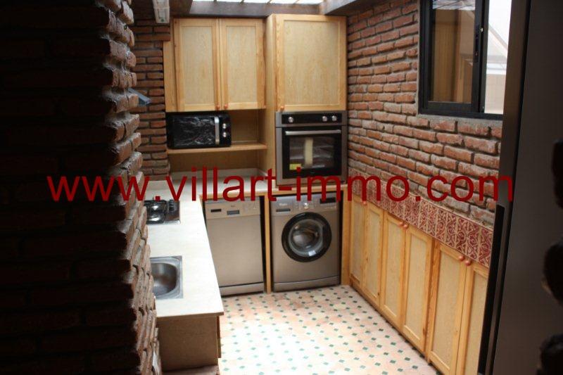 06-Location-Tanger-Appartement-Quartier la montagne-Meublé-Cuisine-L977
