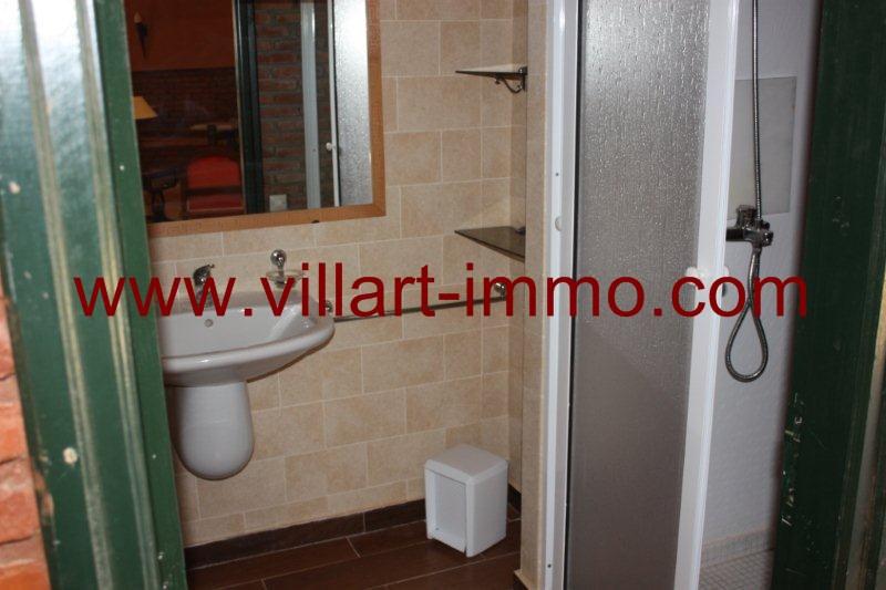 07-Location-Tanger-Appartement-Quartier la montagne-Meublé-Salle de bain-L977