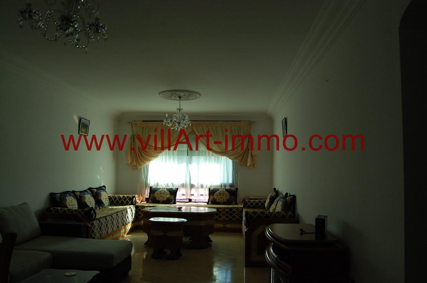 1-A louer-Appartement-Meublé-Tanger-Salon 1-L900-Villart immo