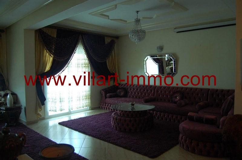 1-a-louer-appartement-meuble-tanger-salon-l973-villart-immo