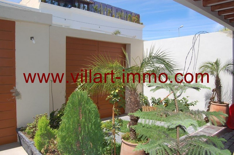 1-a-louer-villa-meuble-tanger-entree-lv958-villart-immo