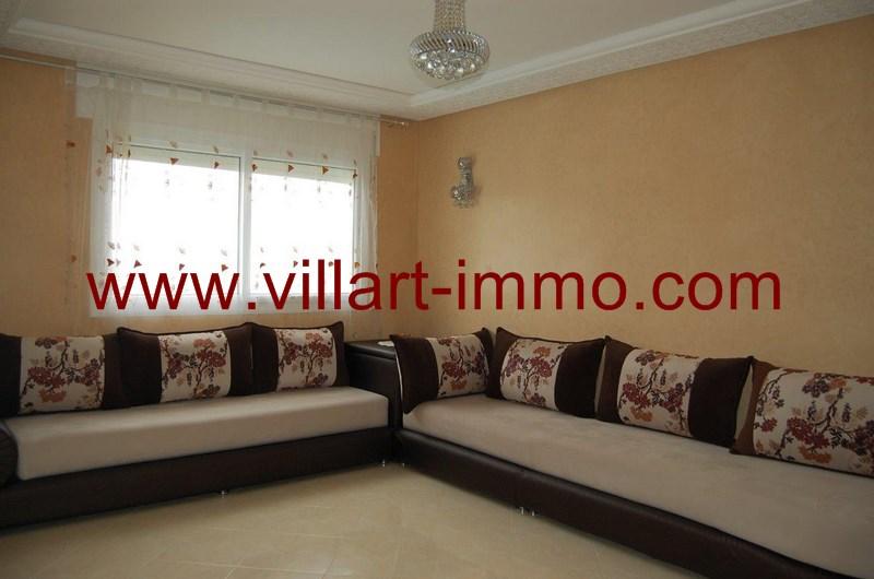 1-location-appartement-meuble-achakar-tanger-salon-1-l954-villart-immo