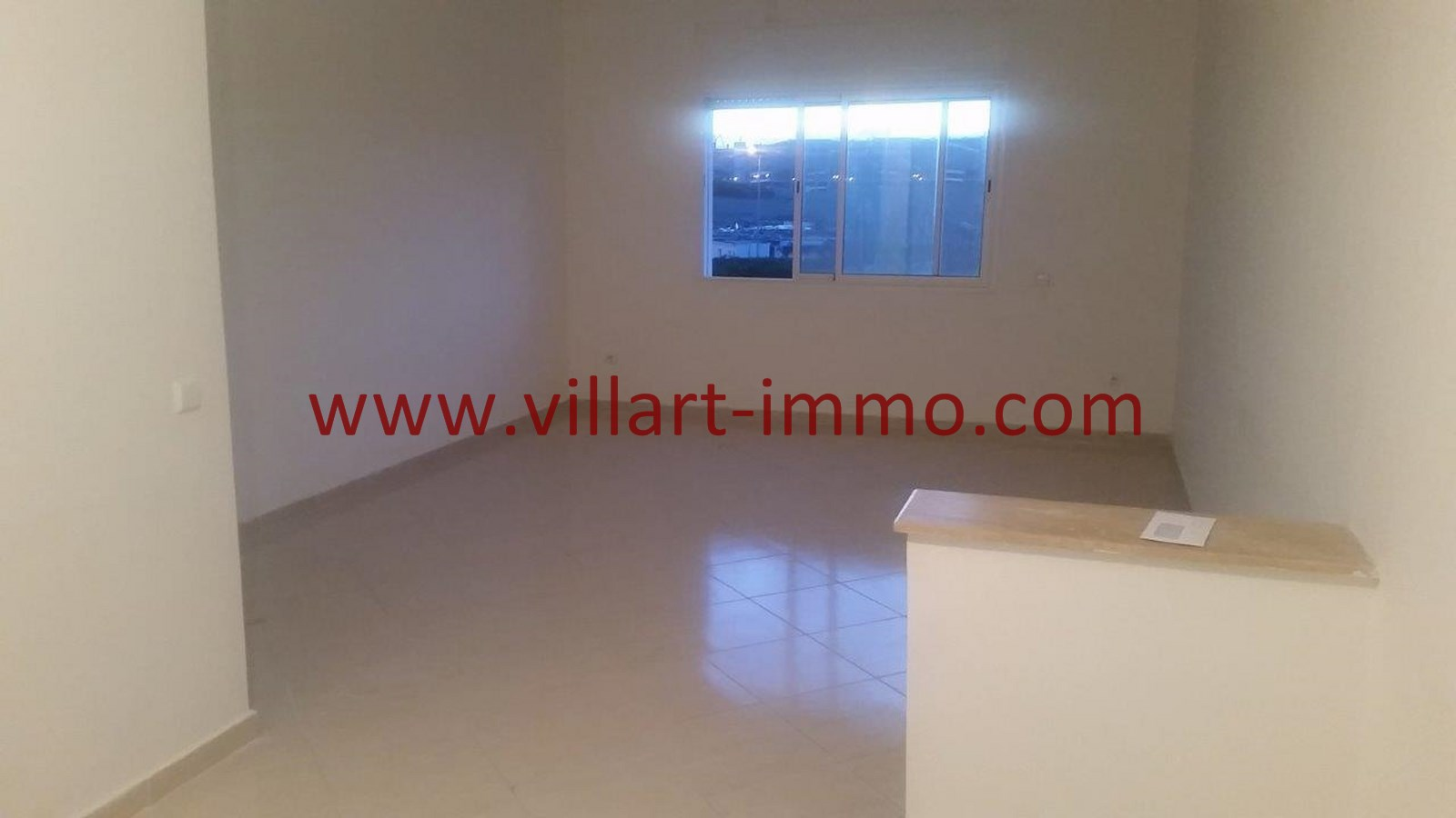 1-Location-Appartement-Non meublé-Tanger-Salon-L913-Villart immo