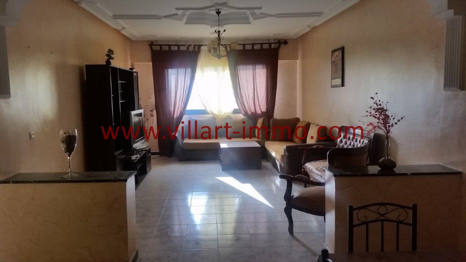 1-location-tanger-appartement-non-meublee-iberia-salon-1-l1013-villart-immo-agence-immobiliere-1