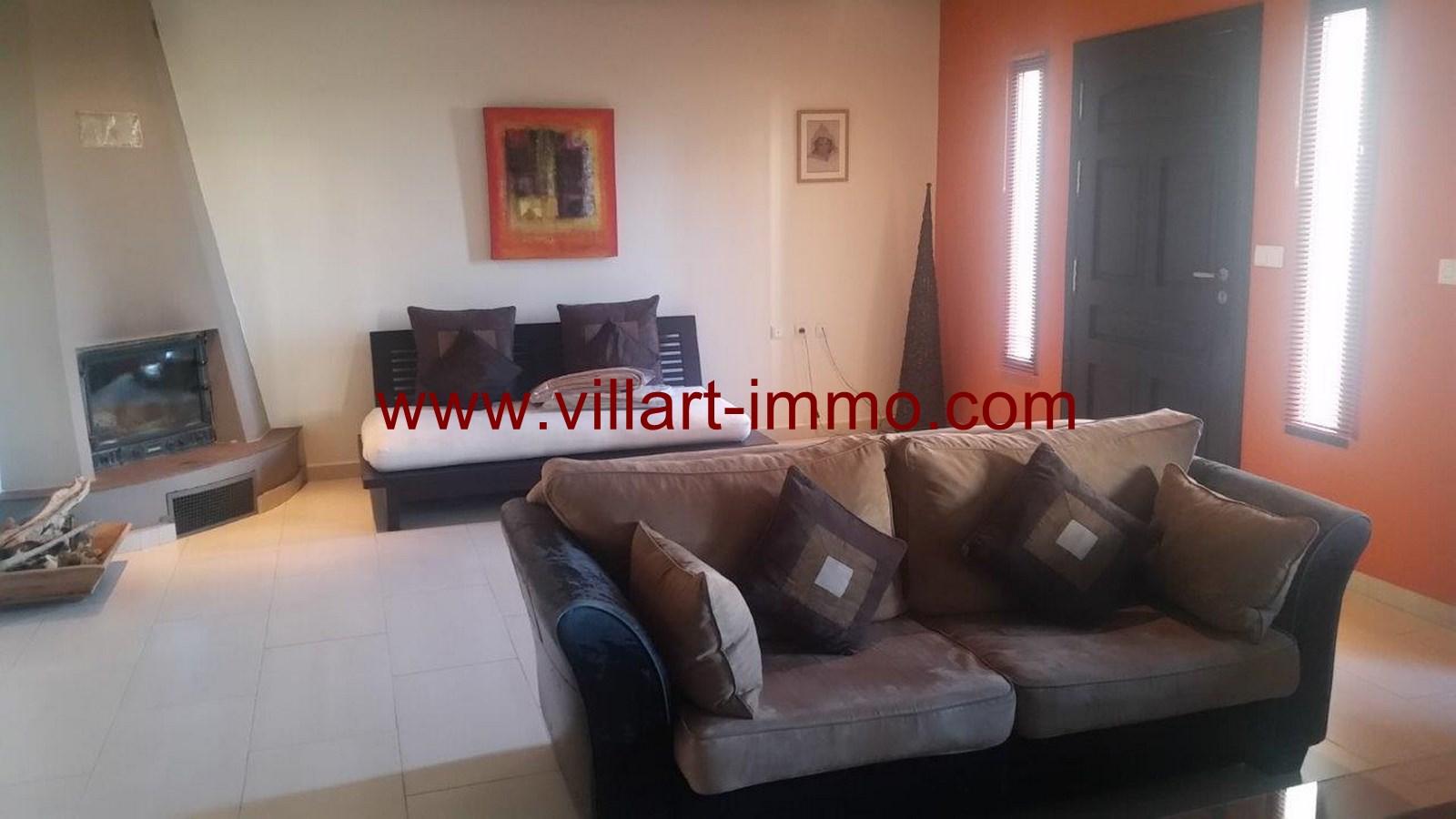 1-Alquiler-villa-Amueblado-Tánger-salón-LSTV986-Villart-immo