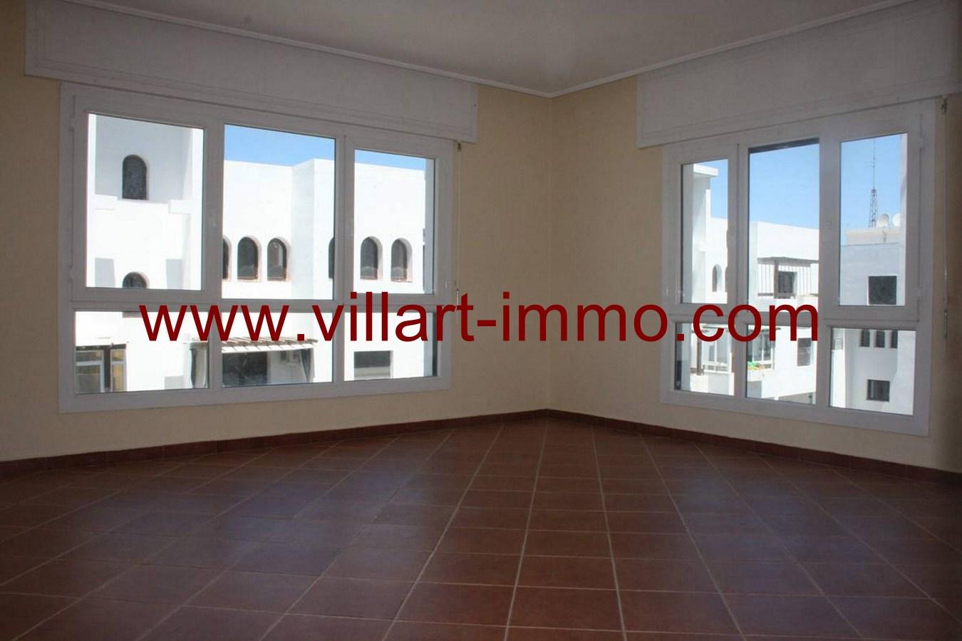 1-vente-appartement-tanger-malabata-salon-1-va453-villart-immo