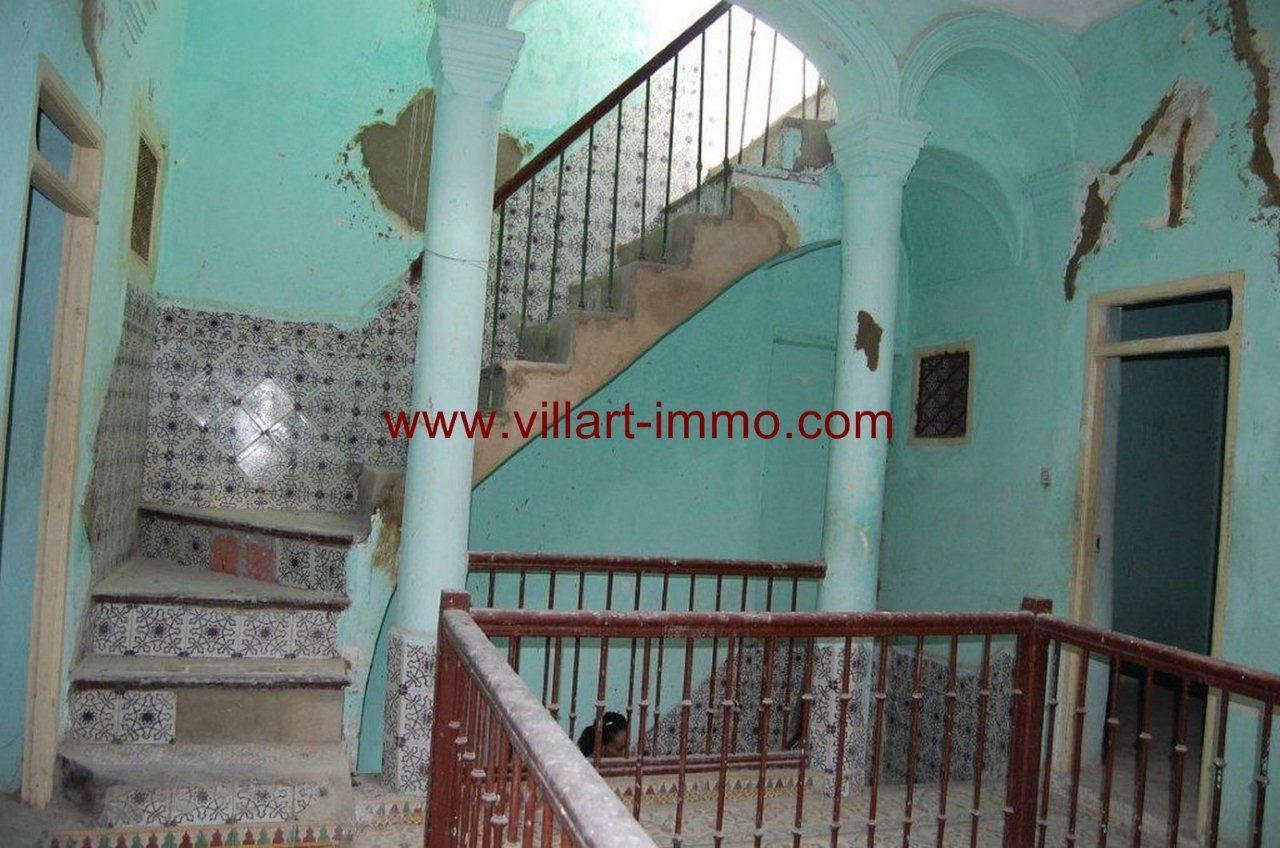 1-vente-maison-tanger-escaliers-1-vm376-villart-immo