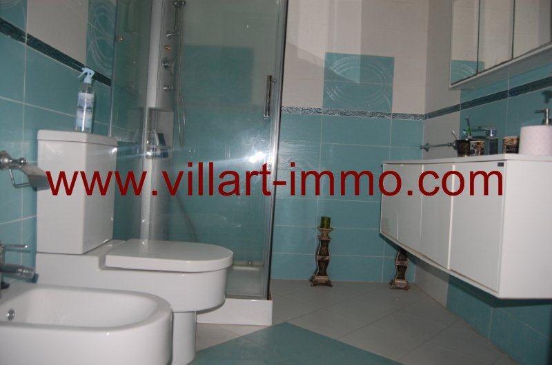 11-a-louer-appartement-meuble-tanger-salle-de-bain-2-l908-villart-immo