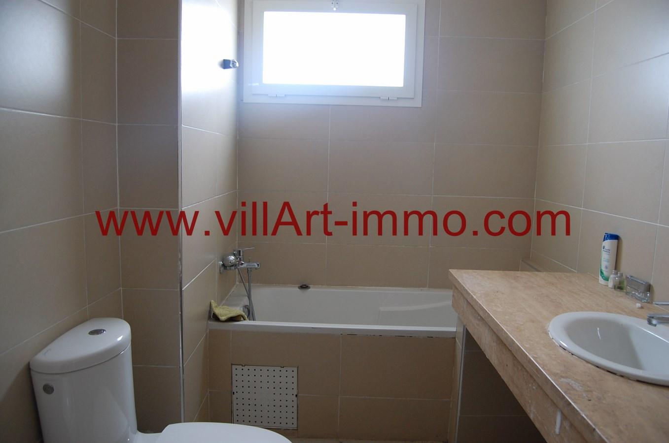 11-a-louer-appartement-non-meuble-tanger-salle-de-bain-2-l889-villart-immo