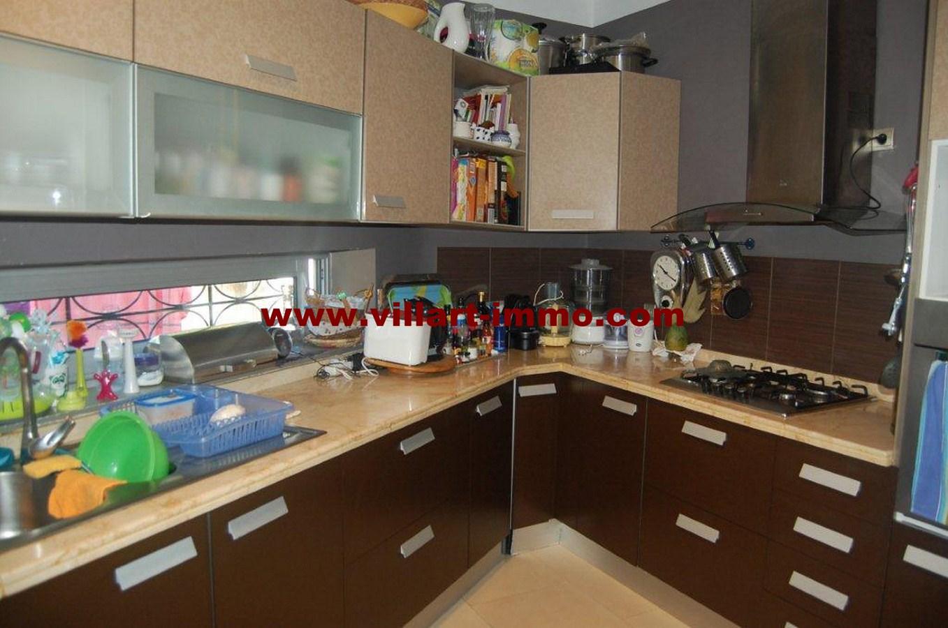 11-a-vendre-tanger-villa-californie-cosuine-vv461-villart-immo-agence-immobiliere-copier
