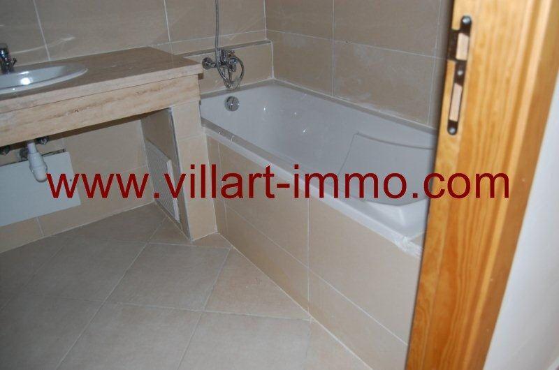 12-a-louer-appartement-non-meuble-tanger-lotinord-salle-de-bain-2-l850-villart-immo