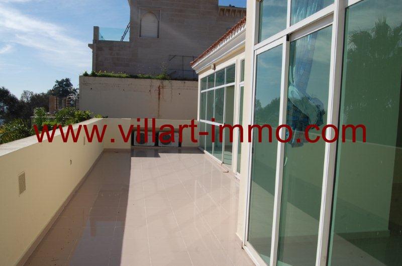 12-a-louer-villa-non-meublee-tanger-jbel-kber-terrasse-lv9897-villart-immo