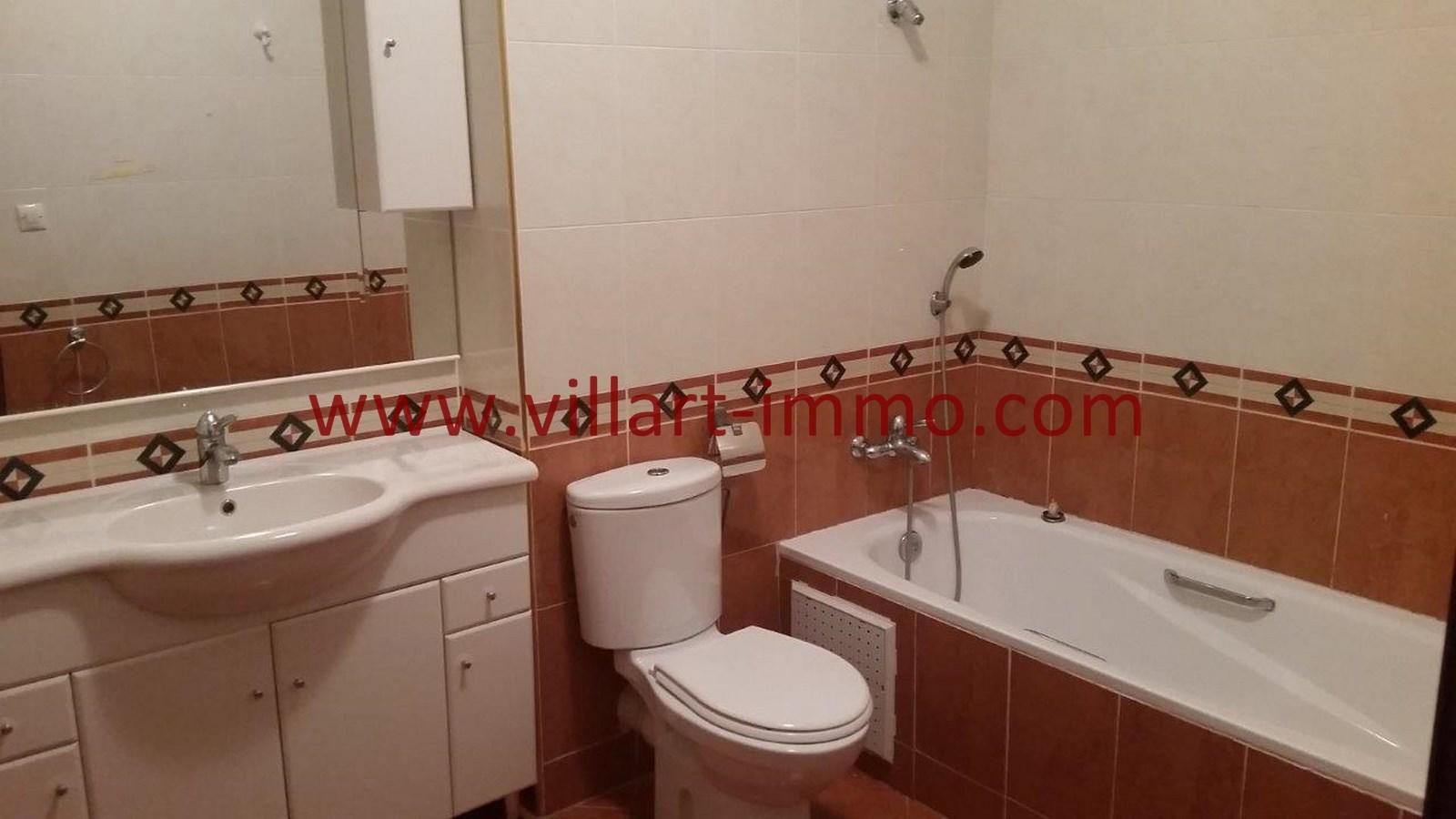 12-a-louer-villa-non-meublee-tanger-salle-de-bain-3-lv901-villart-immo