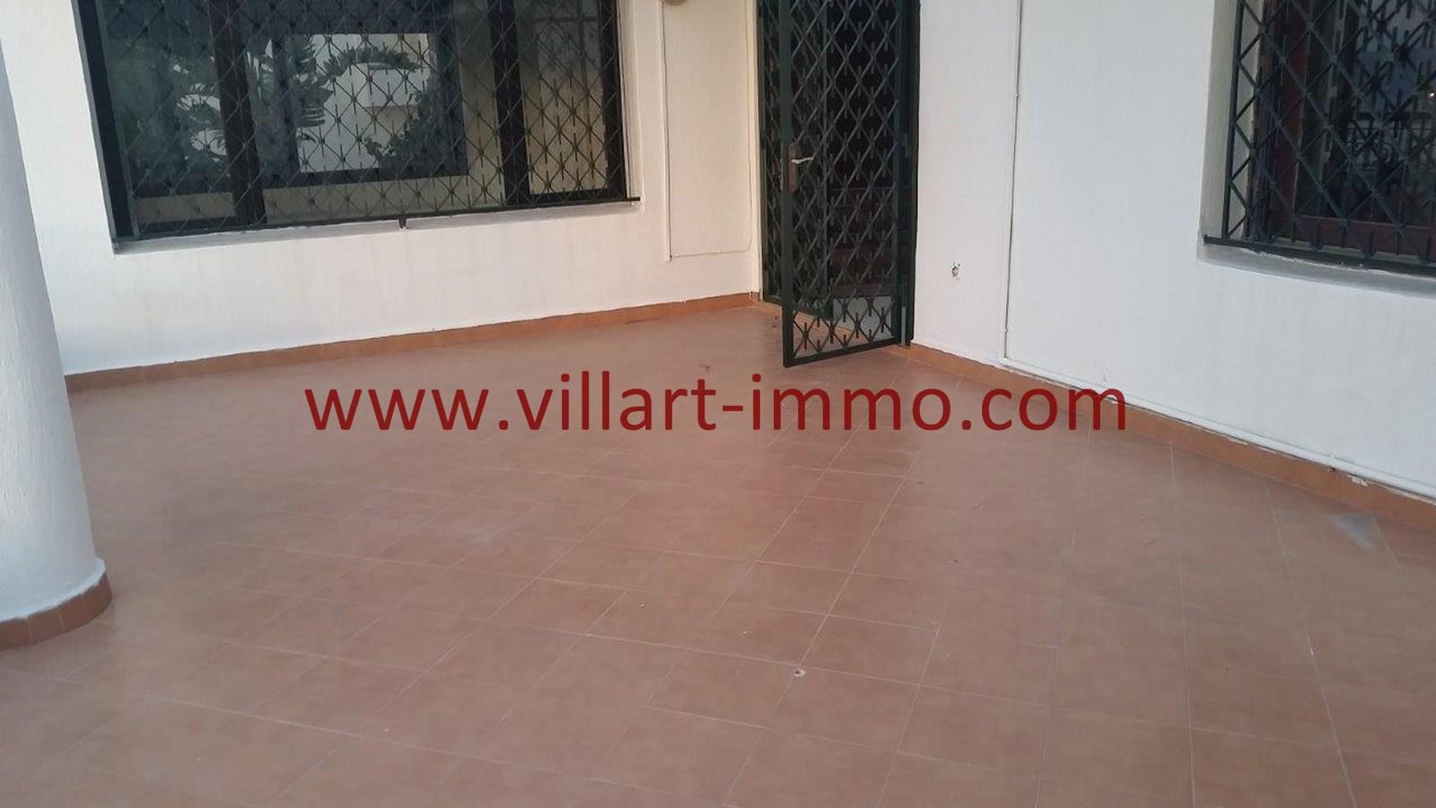 14-a-louer-villa-non-meublee-tanger-terrasse-lv901-villart-immo