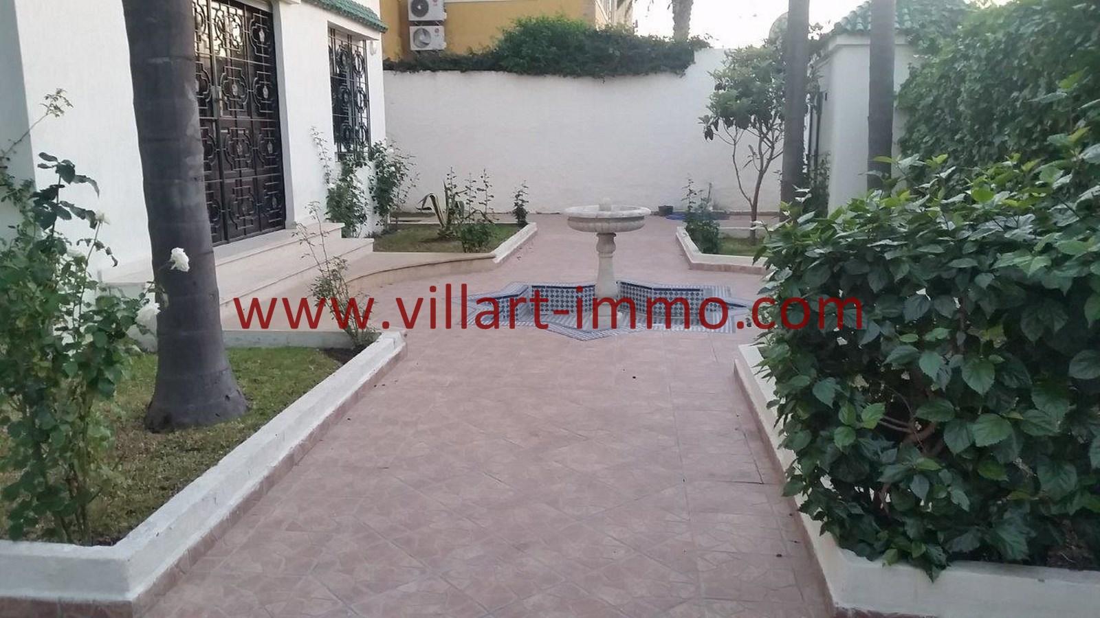 15-a-louer-villa-non-meublee-tanger-terrasse-lv901-villart-immo