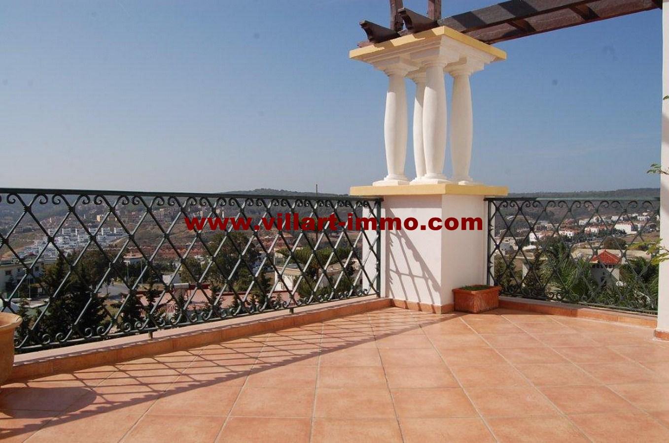 18-vente-appartement-tanger-la-montagne-salle-terrasse-va452-villart-immo