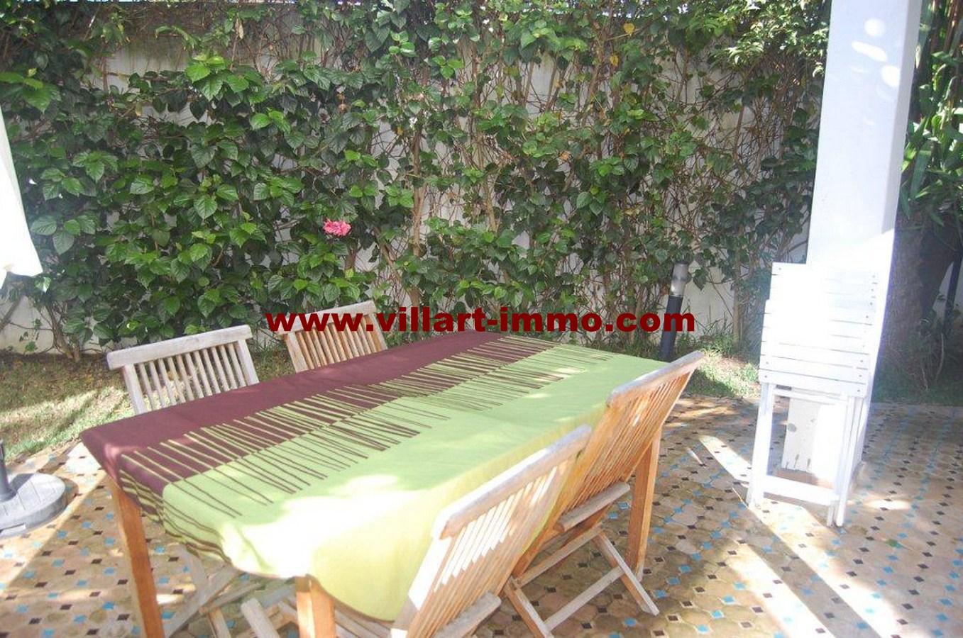 2-a-vendre-tanger-villa-californie-jardin-2-vv461-villart-immo-agence-immobiliere-copier