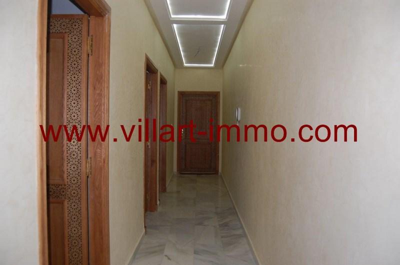 2-location-appartement-centre-ville-tanger-couloir-l956-villart-immo