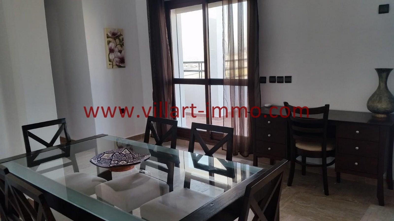 Location appartement meubl avec une grande terrasse au for Location meuble