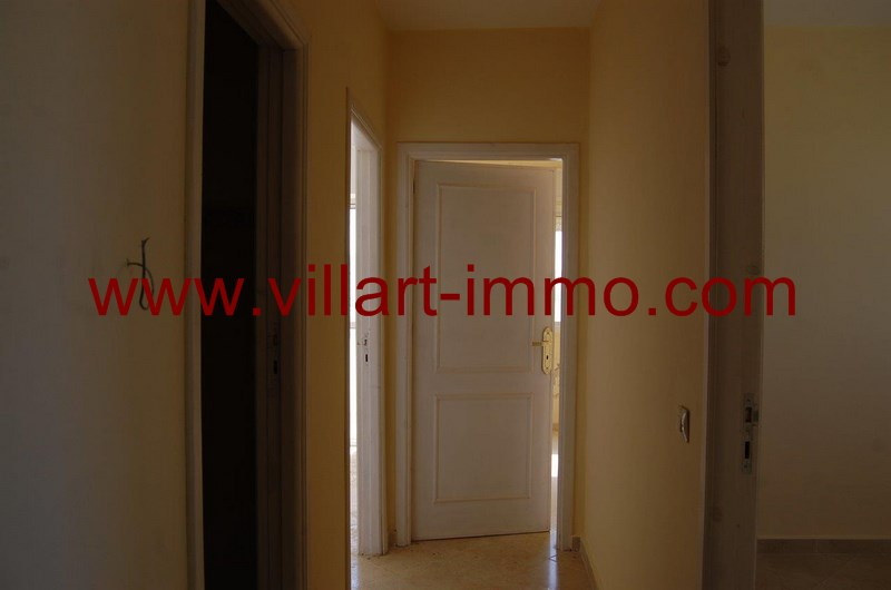 a louer tanger deux appartements de type f3 non meubl zone gzenaya villart. Black Bedroom Furniture Sets. Home Design Ideas