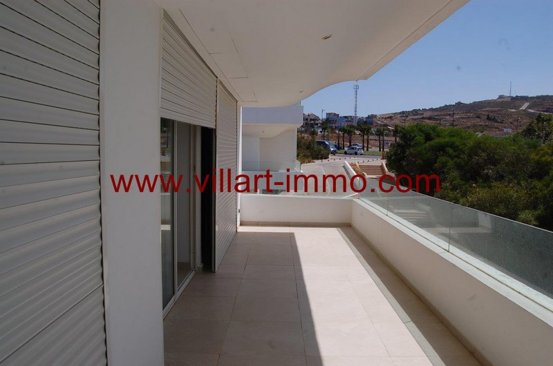 2-location-appartement-non-meuble-tanger-terrasse-l989-villart-immo