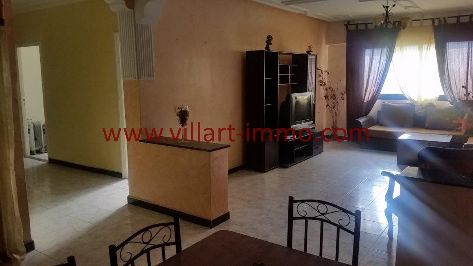 2-location-tanger-appartement-non-meublee-iberia-salon-2-l1013-villart-immo-agence-immobiliere