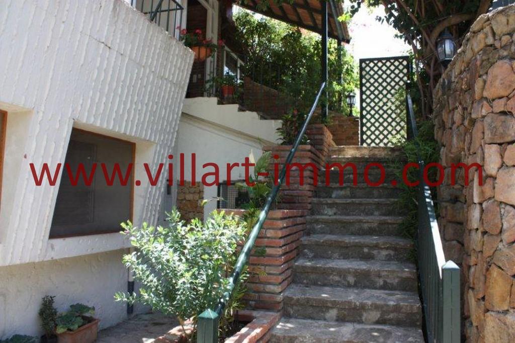 2-Location-Tanger-La montagne-Appartement-Meublé-Escalier-L978