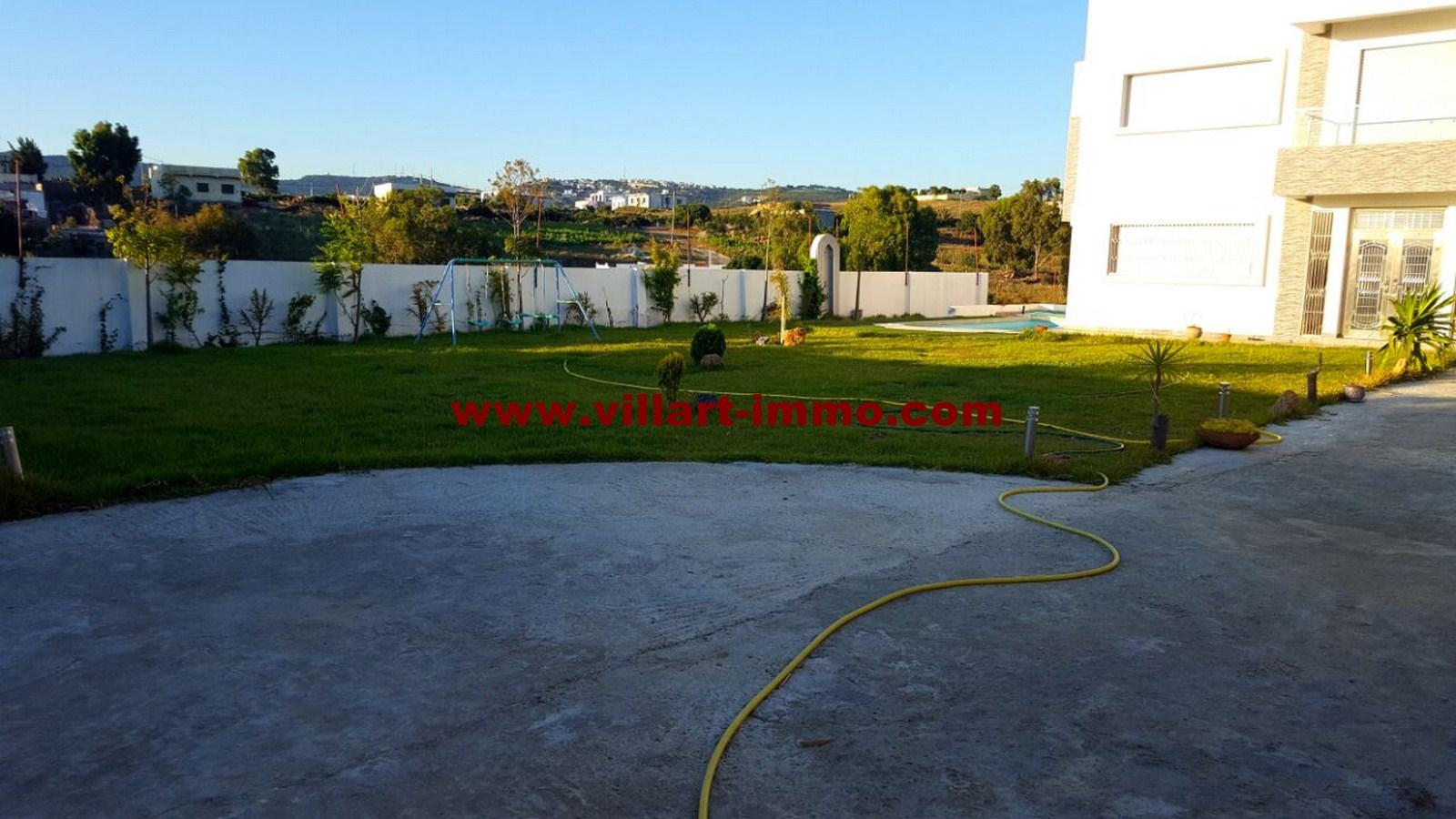 2-vente-villa-tanger-achakar-jardin-1-vv451-villart-immo