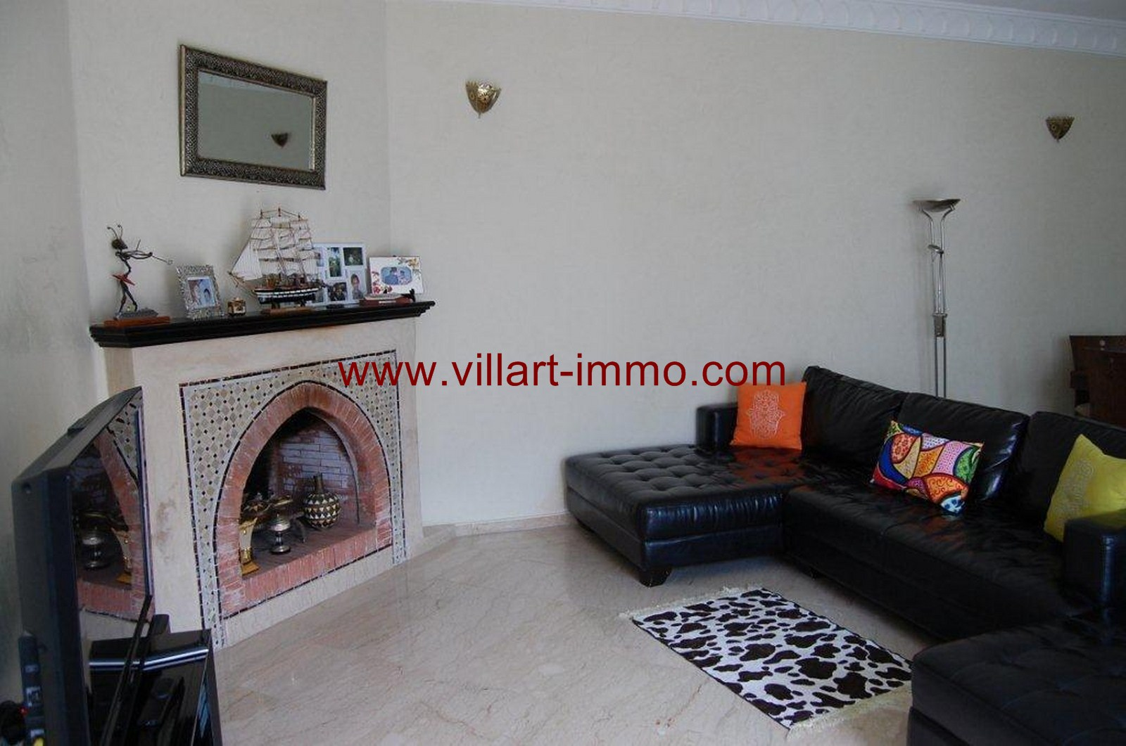 2-For-Sale-Villa-Tangier-Malabata-Living-room 1-VV354-Villart Immo