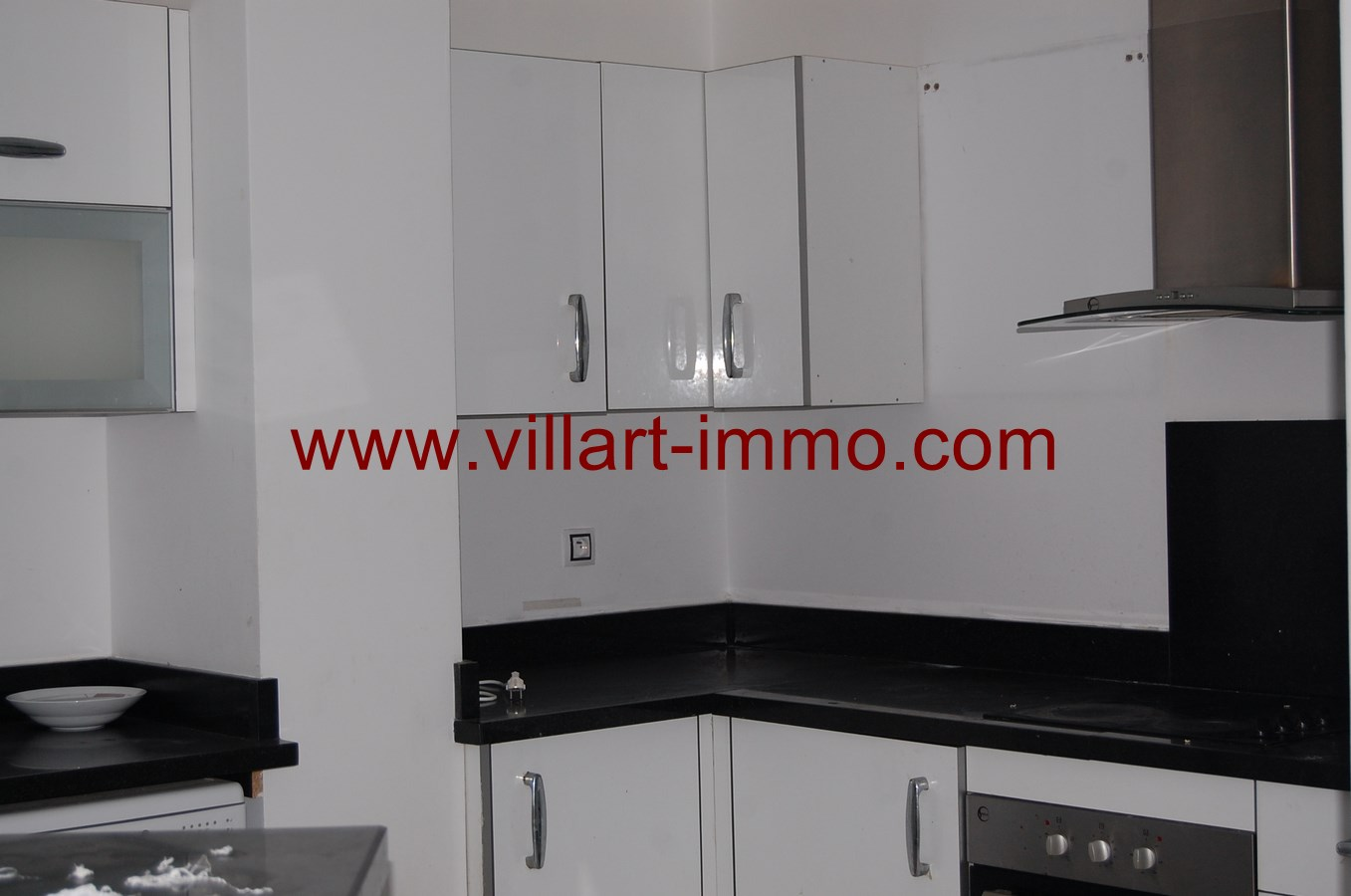 3-a-vendre-appartement-tanger-quartier-playa-cuisine-va433-villart-immo
