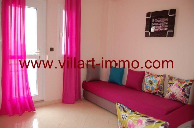 3-location-appartement-meuble-achakar-tanger-salon-2-l954-villart-immo