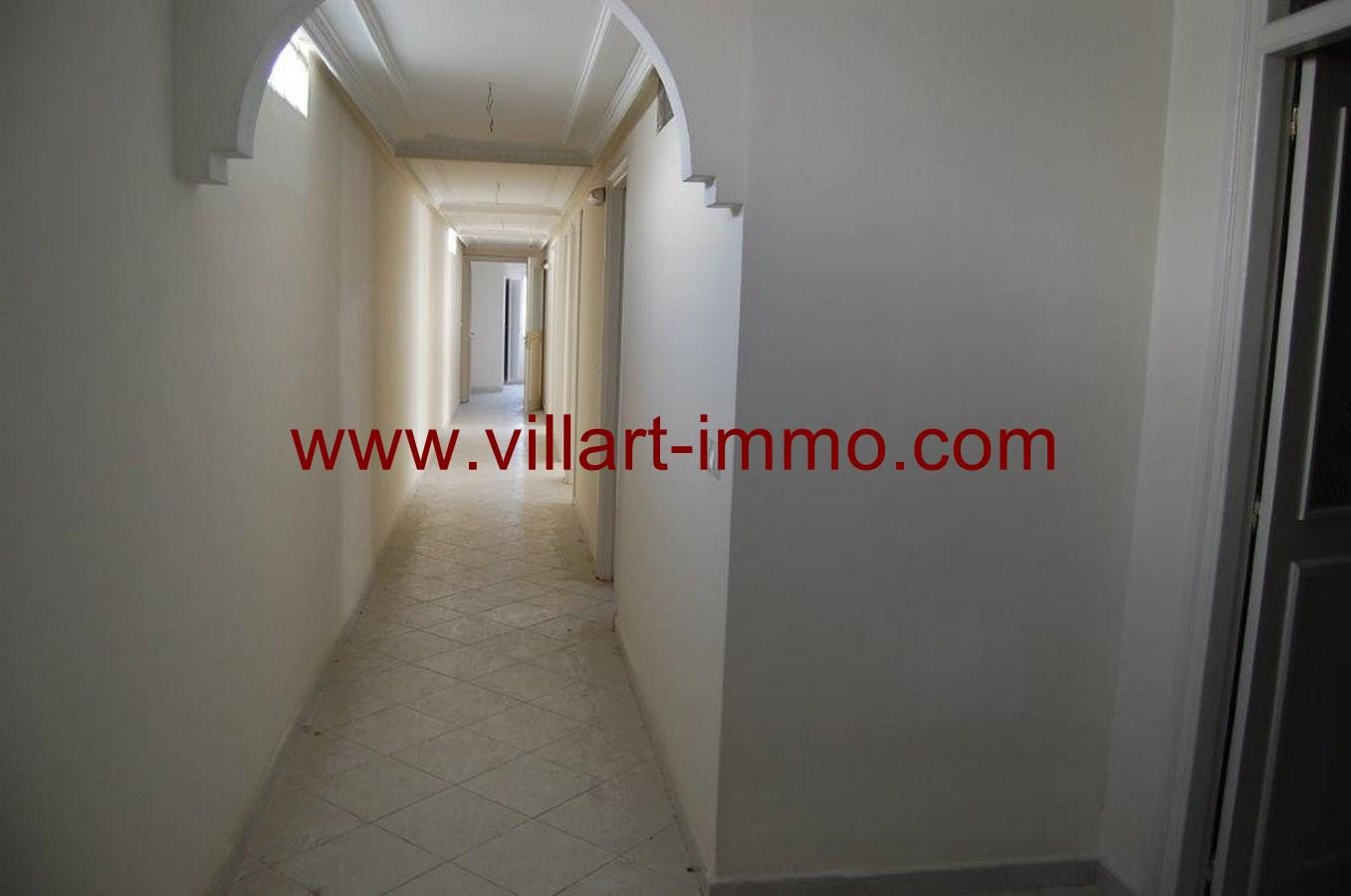 3-location-appartement-non-meuble-tanger-couloir-l877-villart-immo
