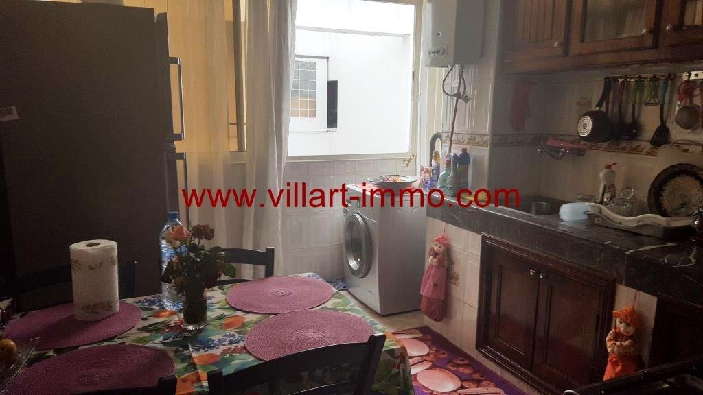 3-vente-appartement-tanger-centre-cuisine-1-va441-villart-immo