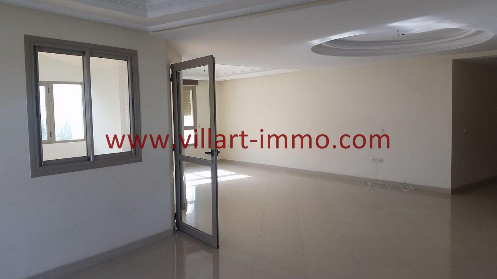 4-a-louer-appartement-tanger-iberia-salon-2-l907-villart-immo