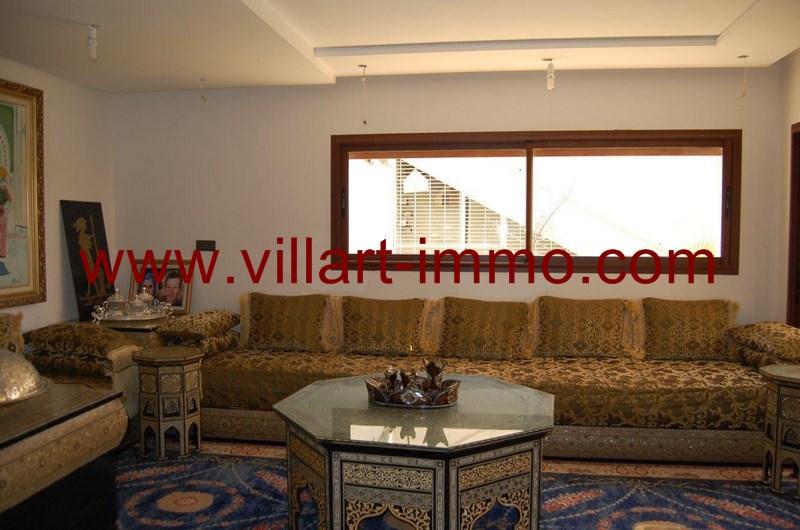 4-a-louer-villa-meuble-tanger-salon-1-lv958-villart-immo