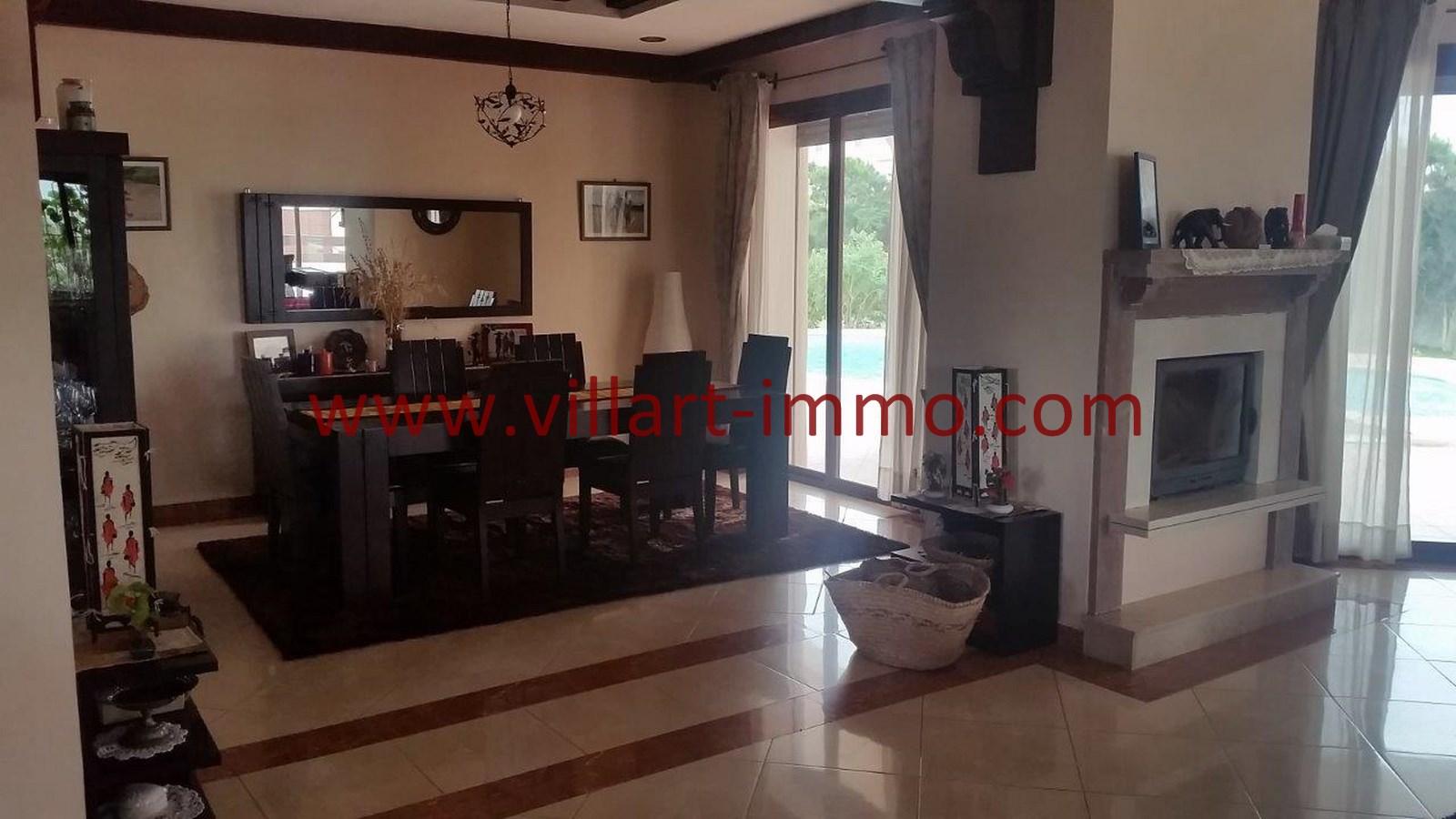 4-a-louer-villa-meublee-tanger-achakar-salon-lsat914-villart-immo