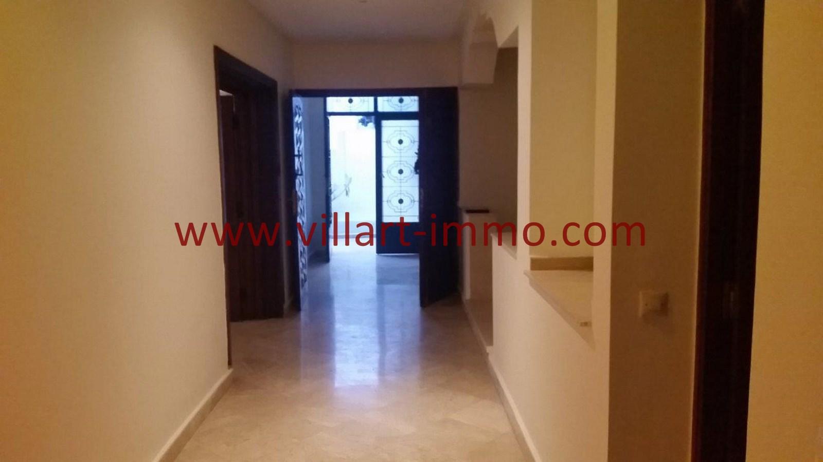 4-a-louer-villa-non-meublee-tanger-couloir-lv901-villart-immo