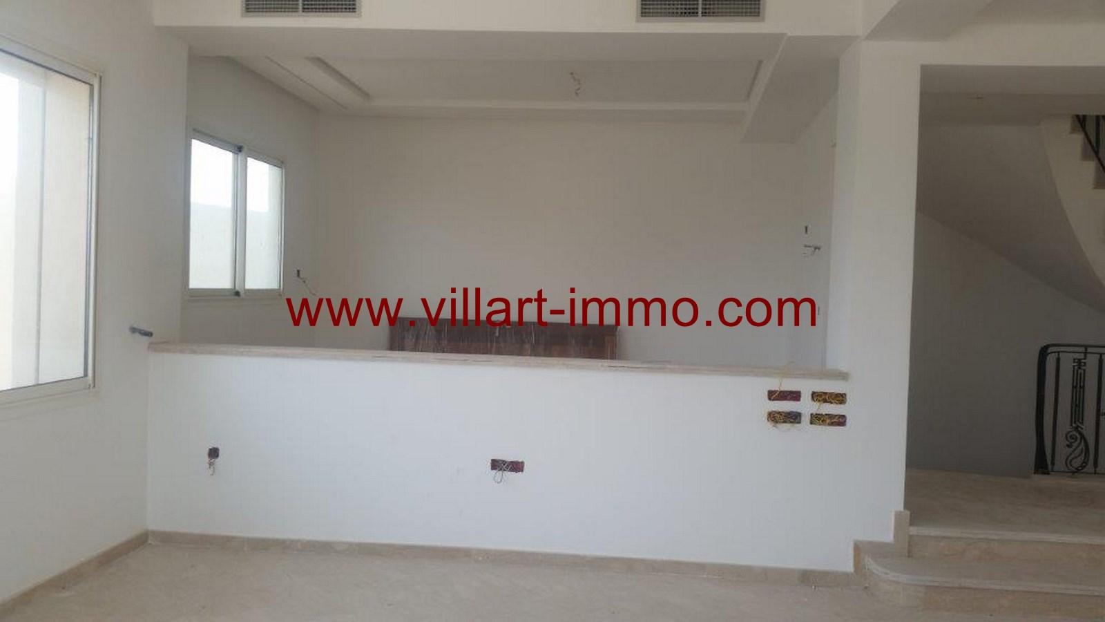 4-a-vendre-tanger-villa-la-montagne-salon-2-vv421-villart-immo-agence-immobiliere