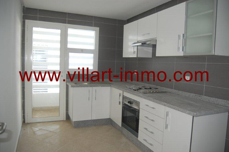 4-location-appartement-non-meuble-lotinord-tanger-cuisine-l822-villart-immo