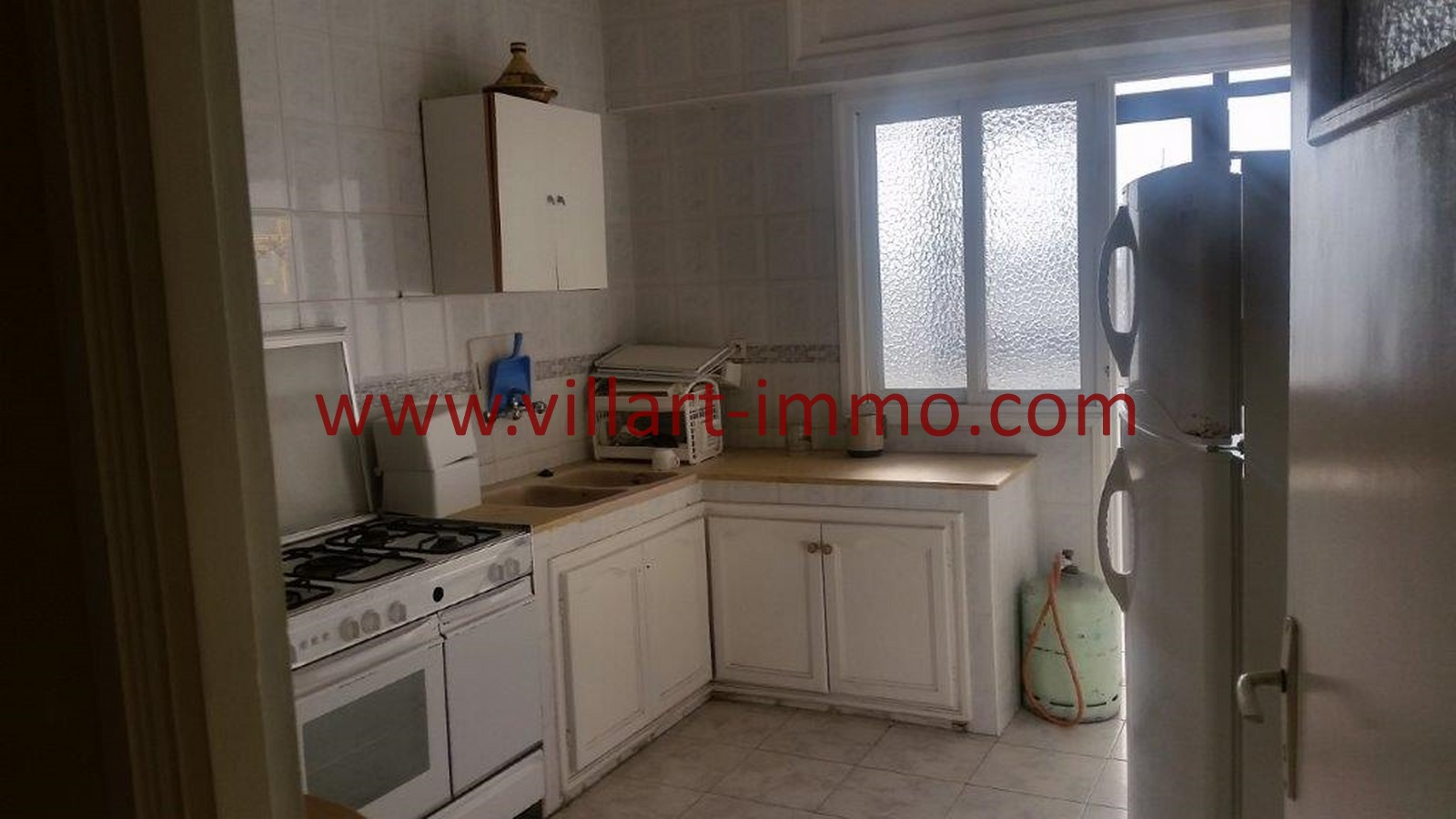 4-location-tanger-appartement-non-meublee-iberia-cuisine-l1013-villart-immo-agence-immobiliere