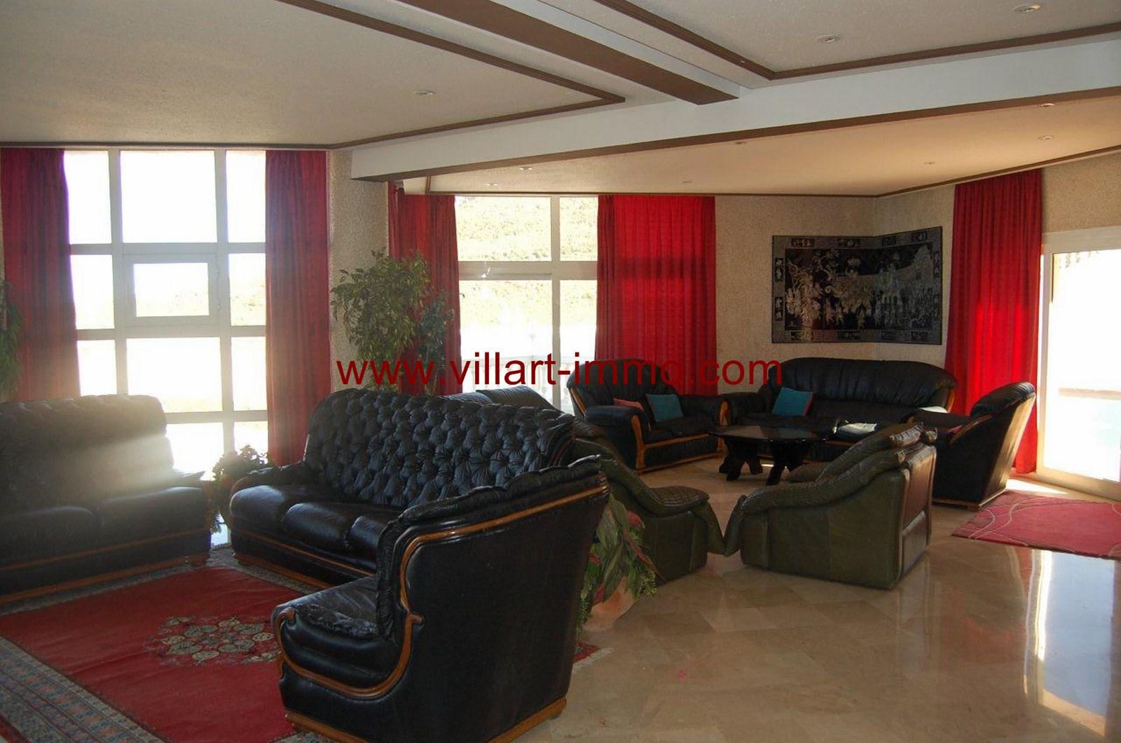 4-Location-Villa-Meublée-Tanger-Achakar-Salon 1-LV910-Villart immo