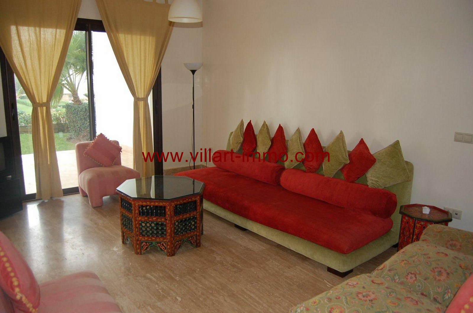 4-vente-appartement-tanger-achakar-salon-1-va390-villart-immo