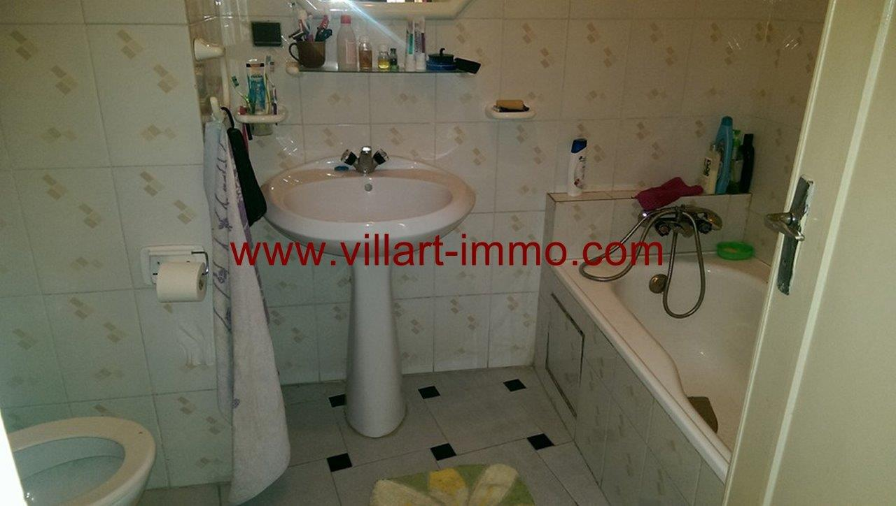 4-vente-appartement-tanger-centre-ville-salle-de-bain-va385-villart-immo