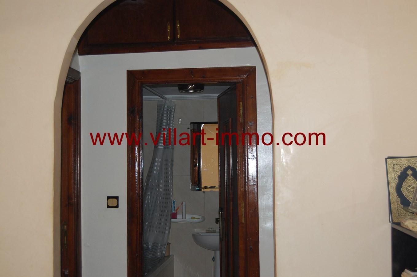 4-vente-appartement-tanger-centre-ville-salle-de-bain-va458-villart-immo