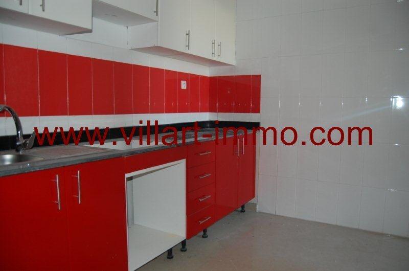 5-location-appartement-non-meuble-cherf-tanger-cuisine-l826-villart-immo