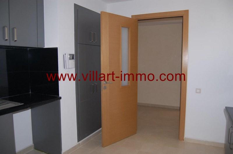 6-location-appartement-non-meuble-tanger-cuisine-l989-villart-immo
