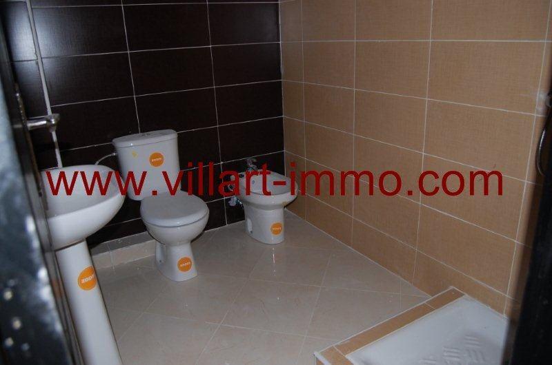7-location-appartement-non-meuble-tanger-salle-de-bain-l853-villart-immo-agence-immobiliere