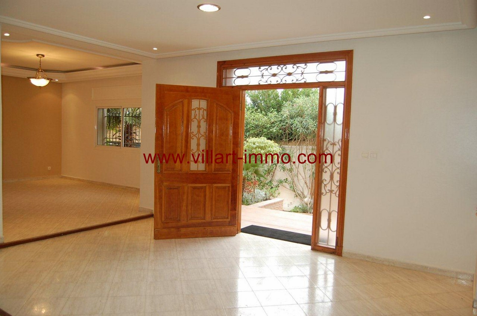 7-location-villa-non-meublee-malabata-tanger-entree-lv902-villart-immo