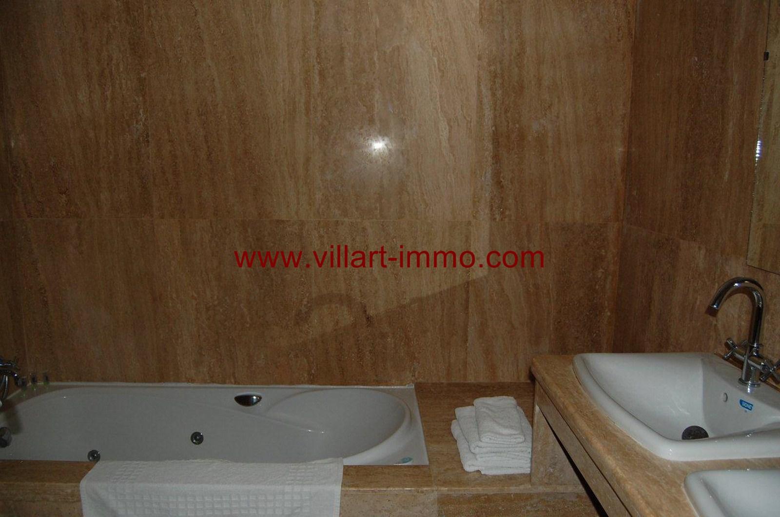 7-vente-appartement-tanger-achakar-salle de bain 1-va389-villart-immo