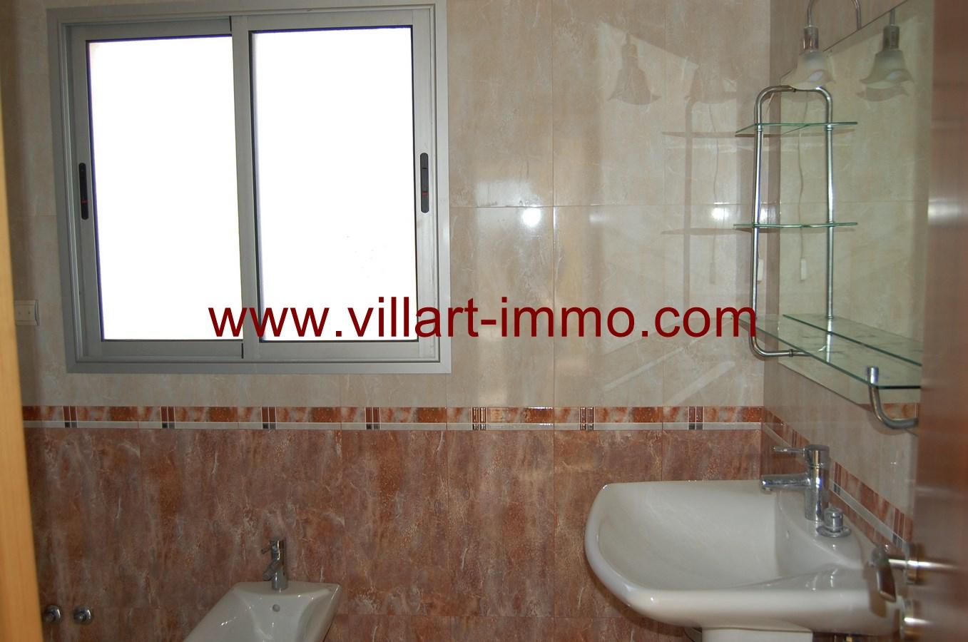 7-vente-maison-tanger-jbilat-salle-de-bain-2-vm408-villart-immo
